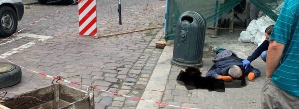 Зірвався з риштування: у центрі Львова загинув робітник
