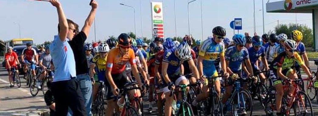 На відремонтованій дорозі Львів – Пустомити – Меденичі відбулись перші велозмагання