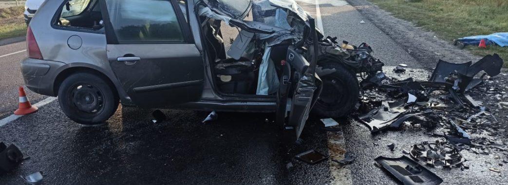Двоє загиблих та двоє травмованих: на Городоччині вранці трапилась потрійна аварія