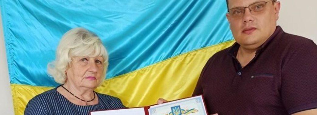 «Не пропустила жодного сесійного засідання»: у Миколаєві нагородили найвідповідальнішу депутатку