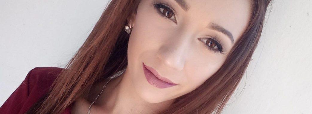 Усе почалося з маленького вузлика: 19-річній дівчині зі Самбірщини на лікування потрібно 2 мільйони гривень