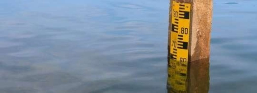 На Львівщині через сильні дощі очікують підняття рівня води у річках