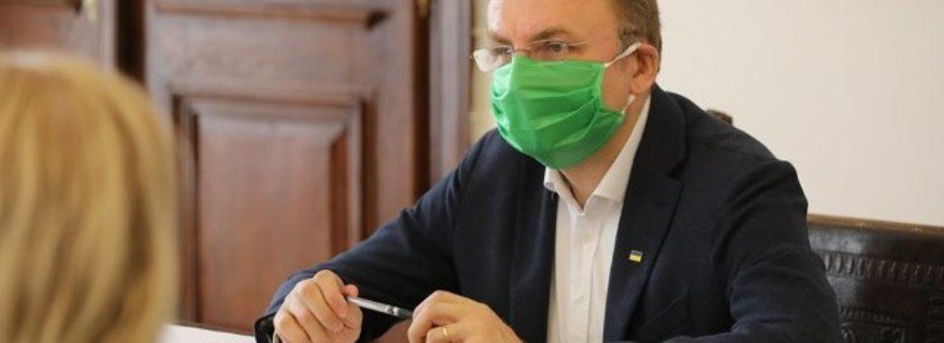 Пішов на самоізоляцію: у сім'ї Садового підтвердились тести на коронавірус