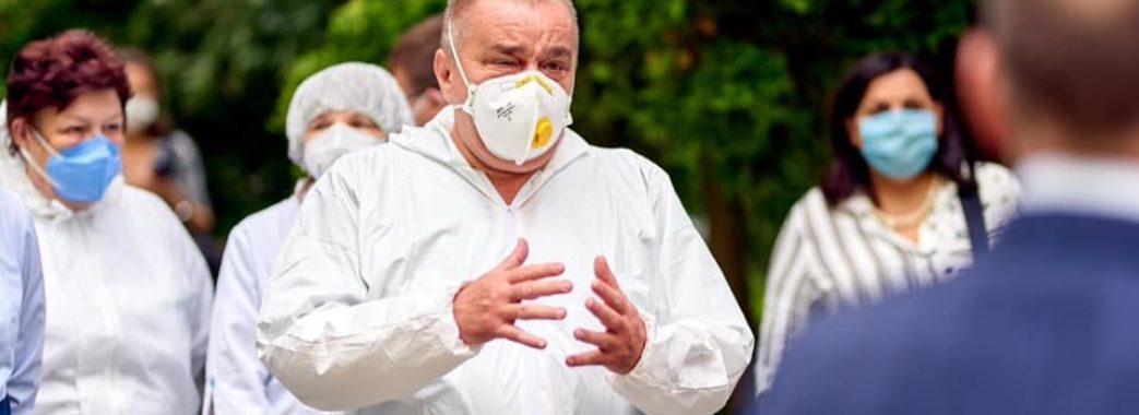 «Йдуть кращі спеціалісти медицини»: коронавірус забрав життя лікаря інфекційної лікарні