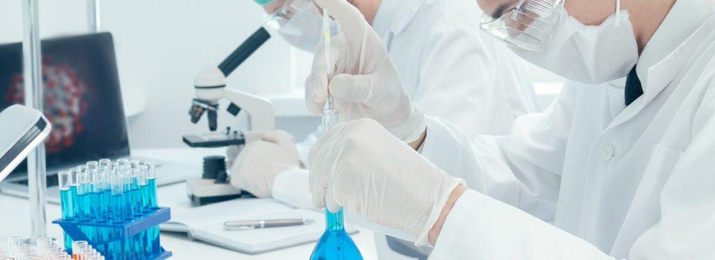 Одужали 472 людини, а захворіли 737: оновлена коронавірусна статистика Львівщини