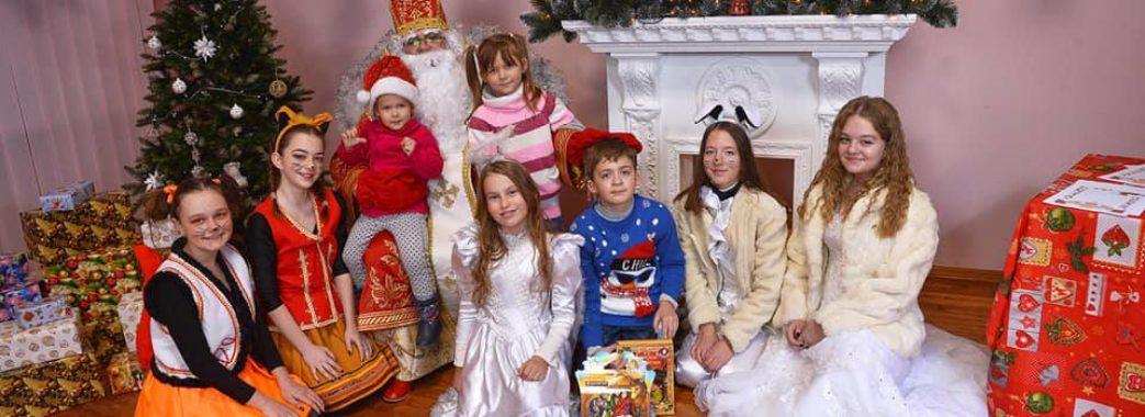 У Миколаєві дітки та їх батьки можуть потрапити у резиденцію Святого Миколая