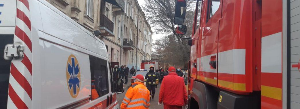 У Львові в будинку стався вибух: двоє людей опинилися на лікарняних ліжках (Відео)