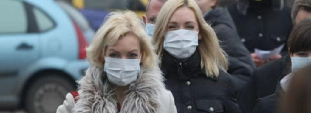 Коли носити і не носити маску: ВООЗ оновила рекомендації