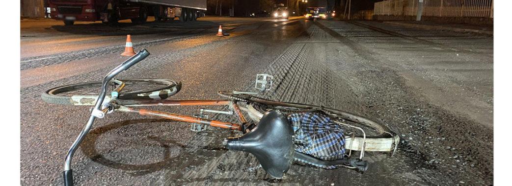 Повертався додому: біля Запитова на дорозі загинув пенсіонер