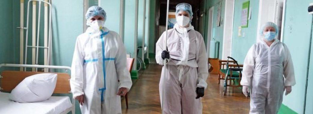 Від ускладнень коронавірусу за добу померли 212 українців: скільки на Львівщині