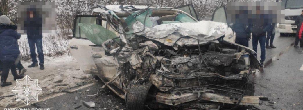 Двоє загинули, ще четверо у лікарні: на Сколівщині трапилась масштабна аварія