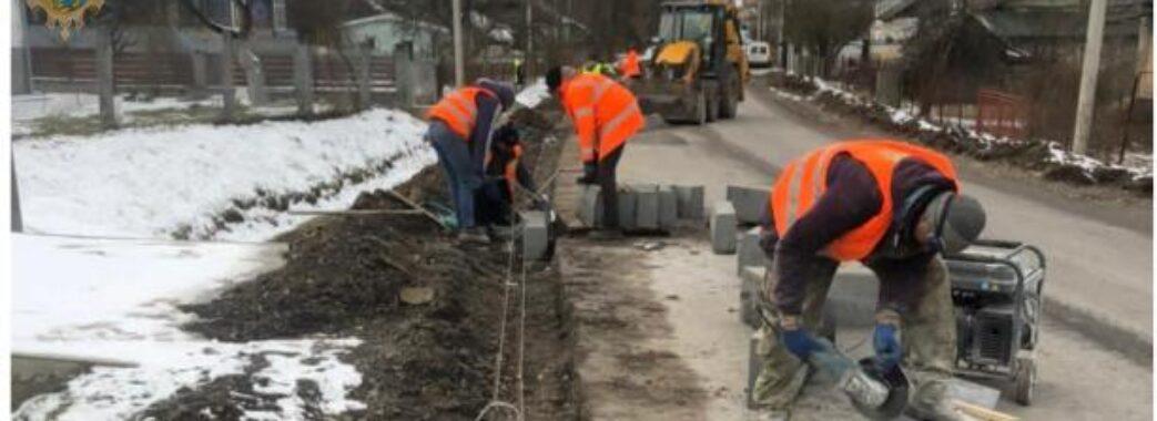 Відновили ремонт дороги Стрілки-Новий Кропивник за 170 мільйонів гривень