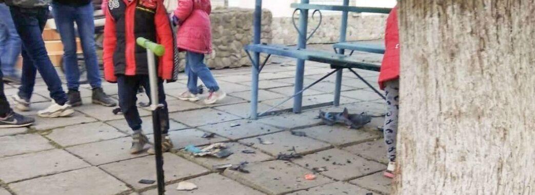 «Хотів пожартувати»: у Стебнику від вибуху страйкбольної гранати постраждало двоє 15-річних дівчат
