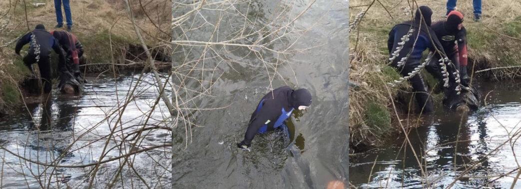 На Яворівщині в річці знайшли тіло безвісти зниклого пенсіонера