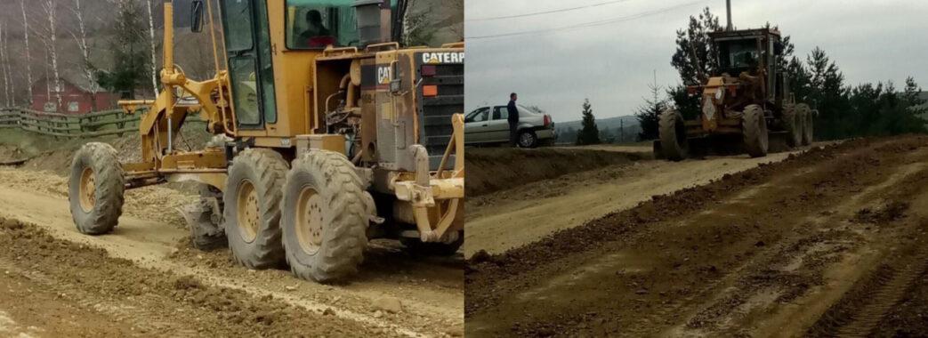 На Турківщині ремонтують дорогу Бориня-Боберка