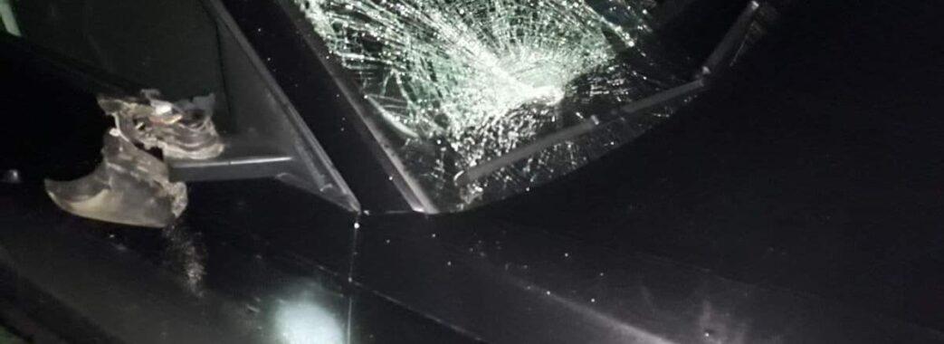 «Водій одразу викликав «швидку», поліцію»: на Золочівщині під колесами іномарки загинув 35-річний пішохід
