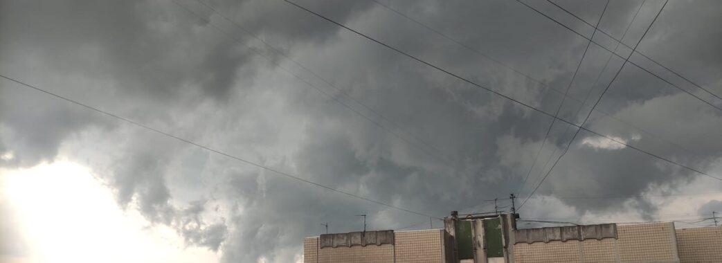 Вдруге за тиждень Львовом пронісся буревій(Фото, Відео)