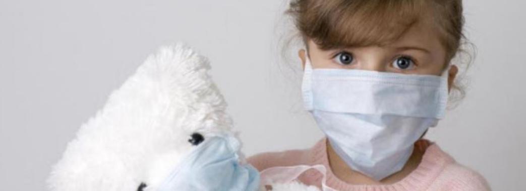 COVID-19 уразив 80 відсотків легень: львівські медики рятують 5-річну дівчинку зі Стрийщини