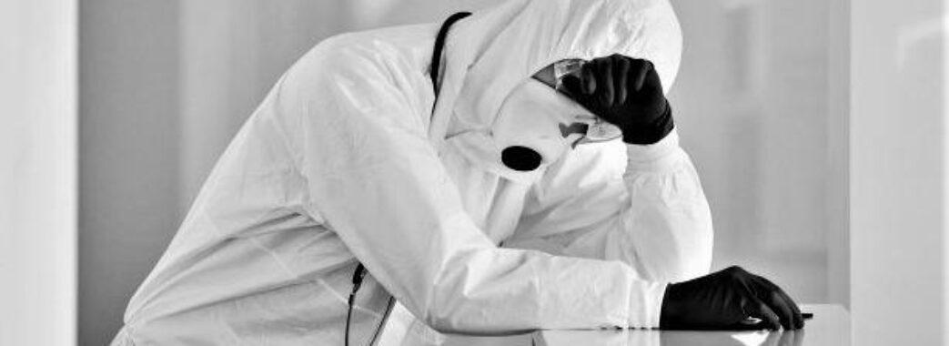Майже 500 смертей за добу: в Україні через коронавірус фіксують черговий страшний рекорд
